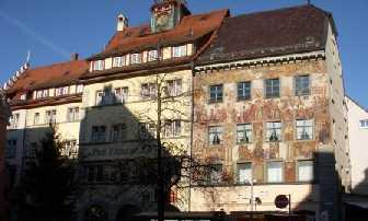 Una facciata dipinta.