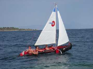 Anche Marta sulla barca.